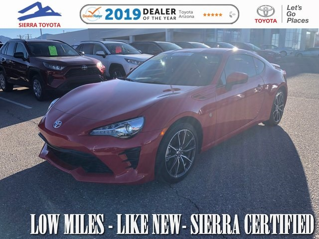 Pre-Owned 2017 Toyota 86