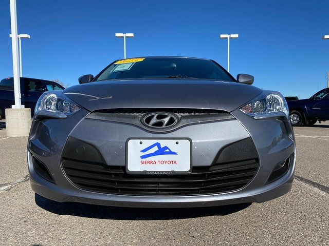 Pre-Owned 2013 Hyundai Veloster